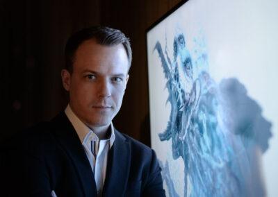 Ronil Caine scifi thriller író